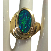 Australian Opal 14kt Yellow Gold Ring Gorgeous !