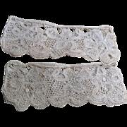 Early 18 th century lace cuffs, bobbin lace. Finest linen. Flemish.