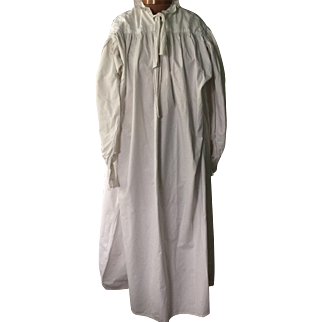 Georgian men's cotton nightgown. First quarter of the 19 th century. English.