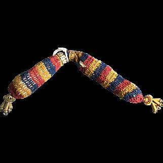 Georgian ladies misers purse in silk thread unusual finishings.early 19 th century.