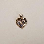 9ct Yellow Gold Sapphire Necklace Pendant