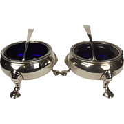 Pair Of George II Open Silver Cauldron Salts London 1740 With Liners & Spoons