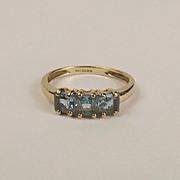 9ct Yellow Gold Three Stone Topaz Ring UK Size J US Size 4 ¾