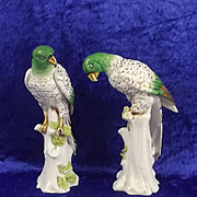 Small Pair Of 19th Century Samson & Co Porcelain Models Of Parrots