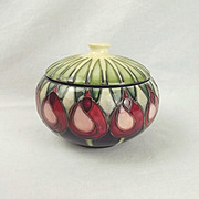 Boxed Moorcroft April Tulip Pattern Powder Bowl 2002