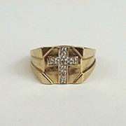 Gents 9ct Yellow Gold Diamond Ring UK Size T US 9 ½