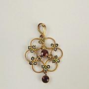 9ct Yellow Gold Garnet & Pearl Pendant