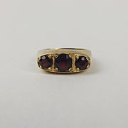 9ct Yellow Gold Three Stone Garnet Ring UK Size T US 9 ½