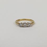 18ct Yellow Gold & Platinum Three Stone Diamond Ring UK Size L+ US 6