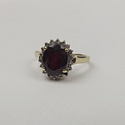 9ct Yellow Gold Garnet & Diamond Flower Head Ring UK Size P US 7 ½