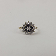 9ct Yellow Gold Cubic Zirconia & Spinel Ring UK Size O US 7