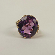 9ct Yellow Gold Purple Sapphire Ring c1959 UK Size P US 7 ½