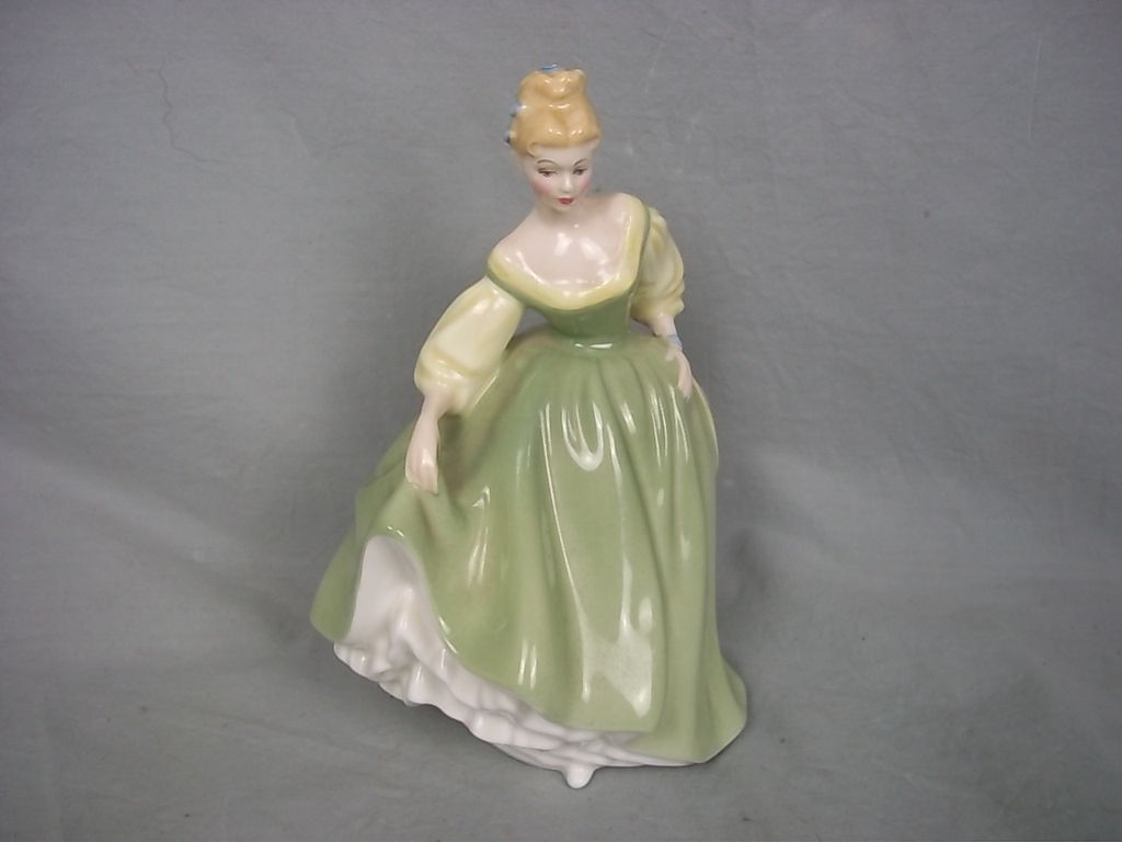 Royal Doulton Figurine of 'Fair Lady' No. HN2193, 1962