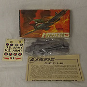 Airfix Corporation of America Aircraft Series - P40E-1A Warhawk 1st Issue