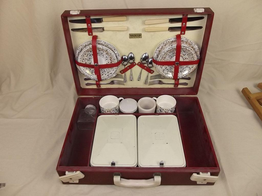 Circa 1950's Brexton 4 Person Picnic Set