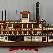 Static Model Of A New Orleans Paddle Steamer The River Prince
