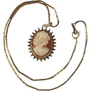 9ct Yellow Gold Necklace With Cameo Pendant
