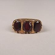 9ct Yellow Gold Three Stone Garnet Ring UK Size M US 6 ¼