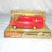Dinky Toys No 271 Ford Transit Fire Appliance