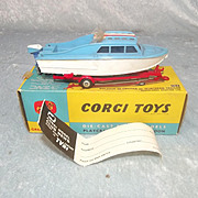 Boxed Corgi Toys 104 Dolphin 20 Cruiser On Whincheon Trailer