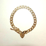 1972 9ct Yellow Gold Bracelet With Heart Clasp