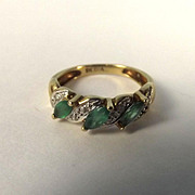 9 Ct Yellow Gold Diamond & Emerald Ring, UK Size G US 3 ½
