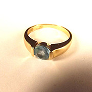 9ct Yellow Gold 1.25 Carat Blue Topaz Ring UK Size T+ US 10