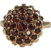 9ct Yellow Gold Garnet Cluster Ring UK Size J US 4 ¾