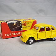 Corgi 56198 - James Bond 007 Citroen 2CV - 'For Your Eyes Only' #3