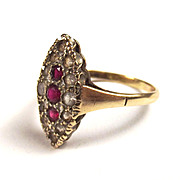 9ct Gold Ruby & Aquamarine Shield Shaped Ring UK Size Q US Size 8 1/4