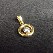 18Ct Yellow Gold And Diamond Pendant