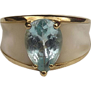 9ct Yellow Gold Topaz & Mother of Pearl Ring UK Size P US 7 ¾