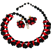 Vintage West Germany Red & Black Molded Glass Beaded Necklace & Earrings Set Demi Parure