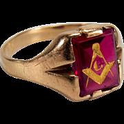Vintage Men's Synthetic Ruby 10K Yellow Gold Mason Ring