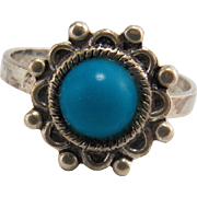 Vintage Sterling Silver Southwestern Turquoise Ring