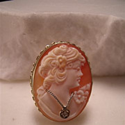 Vintage 14K Gold Oval Cameo Ring