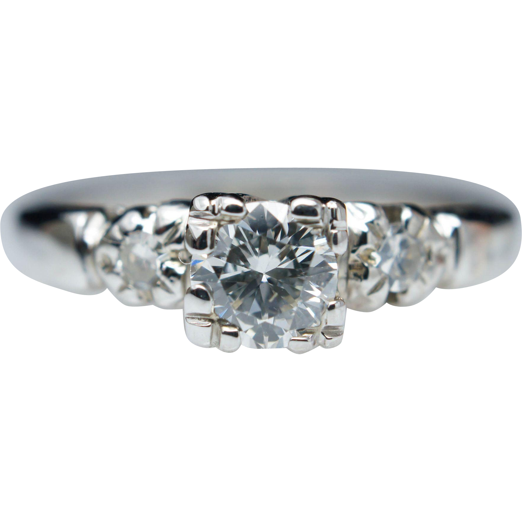 Vintage 1940s Art Deco Diamond Engagement Ring in 18k White Gold