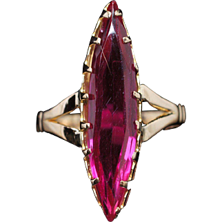 Vintage Marquise Cut Synthetic Ruby Solitaire Ring 18k Yellow Gold