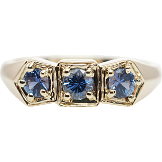 Vintage .41CTW Natural Sapphire 3 Stone Ring in 14k Yellow Gold