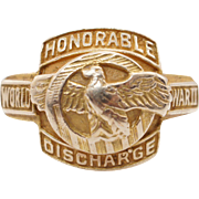 Vintage WWII Mens Ruptured Duck Honorable Discharge Ring 10k Yellow Gold