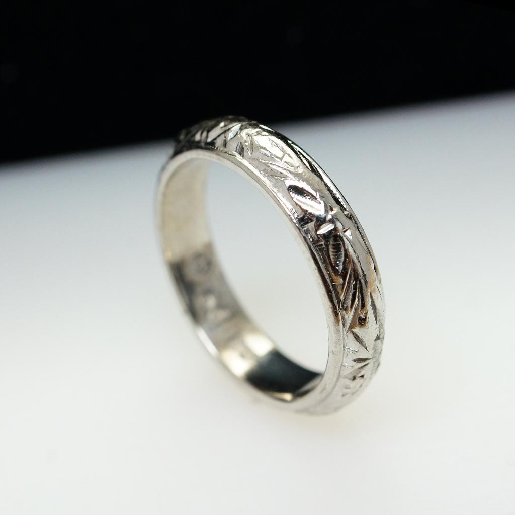 vintage platinum band ring engraved finish size 5 75