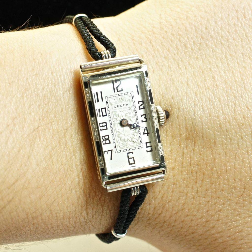 vintage womens 18k white gold gruen watch from jkjc on. Black Bedroom Furniture Sets. Home Design Ideas