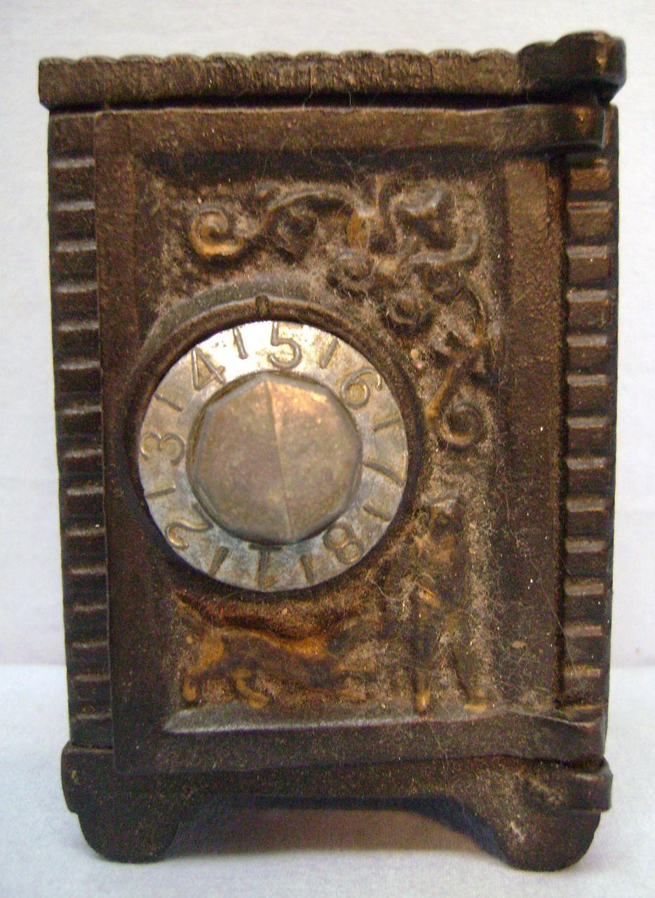 Vintage Cast Iron Safe Bank