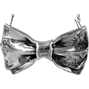 Vintage Silver Bow Style Pin or Brooch