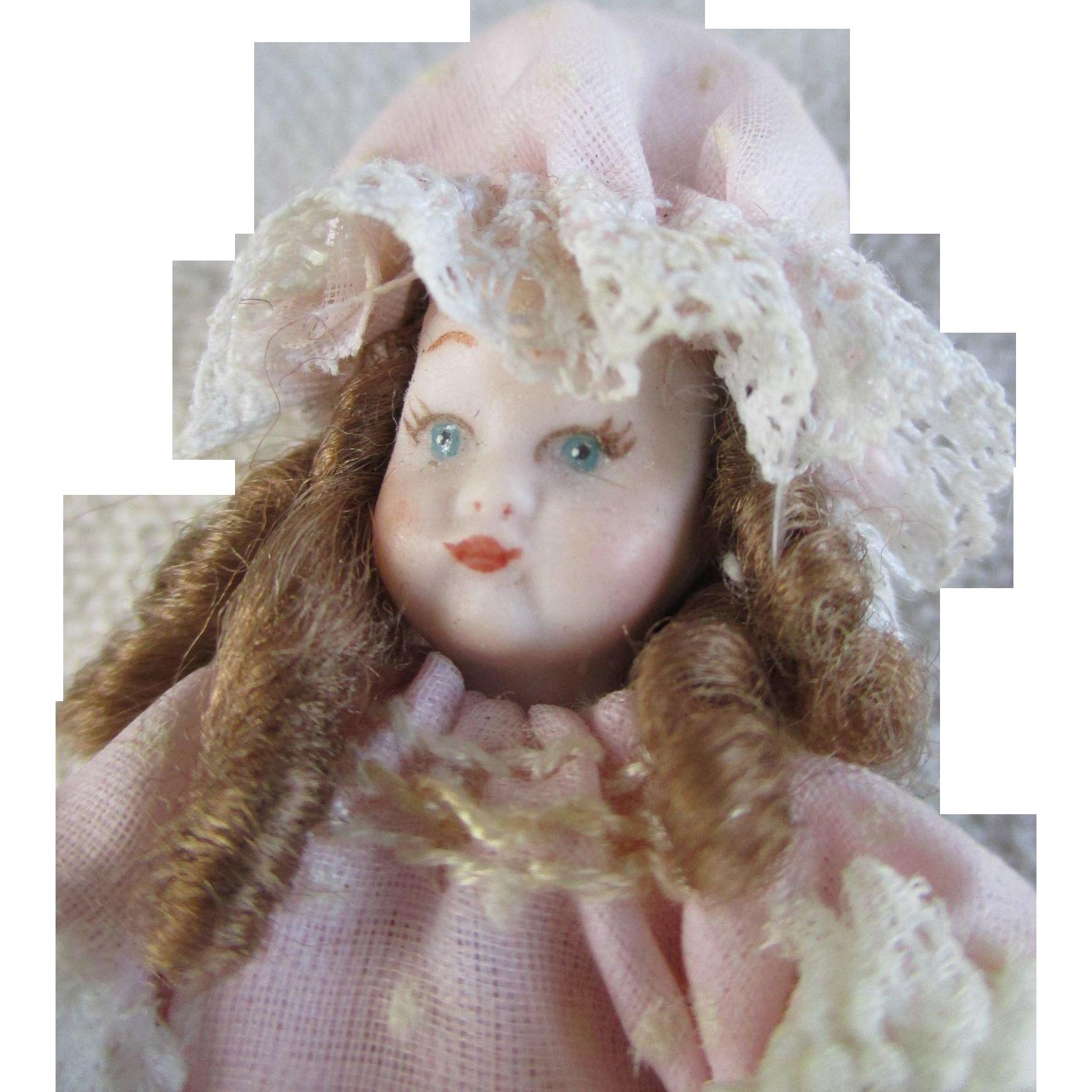 Sweet Artist Made Miniature Doll House Doll