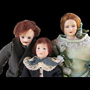 Three Artist Doll House Doll - Nice Family