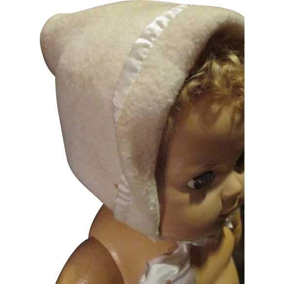 Vintage Eiderdown Bonnet For Your 20 Quot Dy Dee Baby From