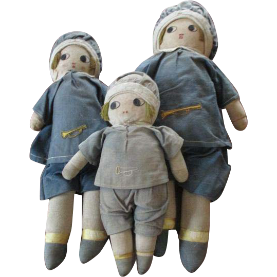 Vintage Set of 3 Cloth Dolls in Graduated Sizes