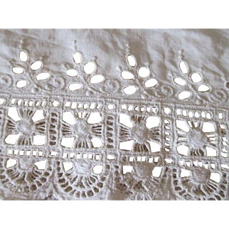 Wide Antique Lace for Doll Dress Making