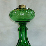 Antique Green Erin Fan Kerosene/Oil Table Lamp